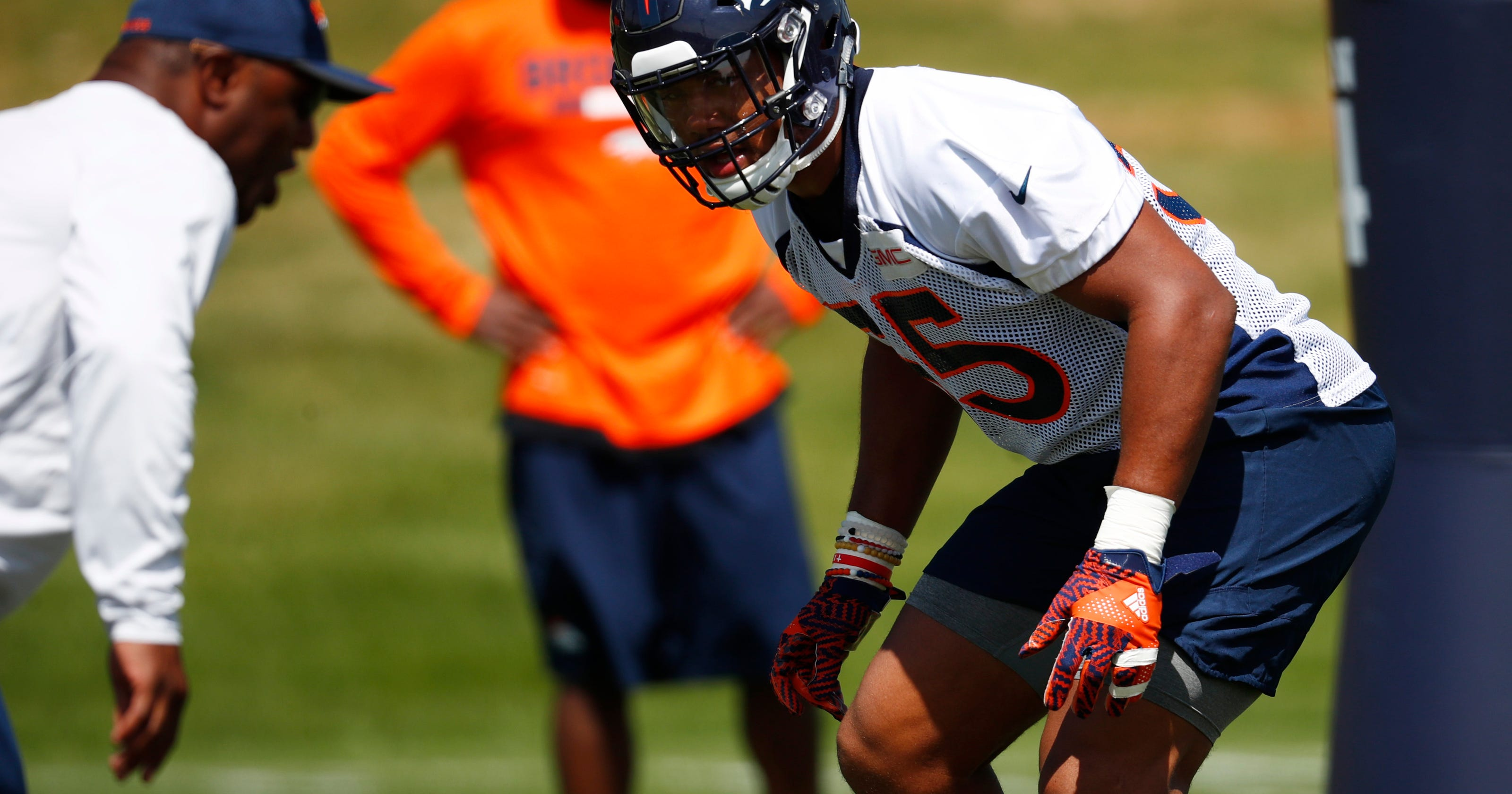 bbeafdc06 Broncos  Shane Ray far from ready to concede job to new kid