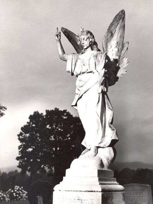 Wolfe-angel-Hendersonville-by-Hugh-Morton-AC-T-file.jpg