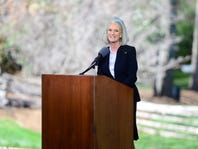 Billy Graham's daughter Anne Graham Lotz announces that she has breast cancer