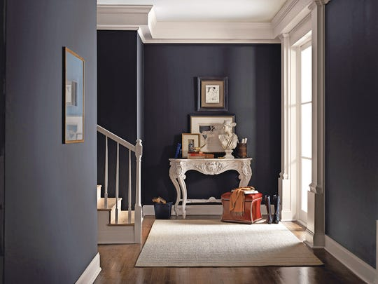 Classic black goes beyond basic for a fresh new look - Sherwin williams foothills interior ...