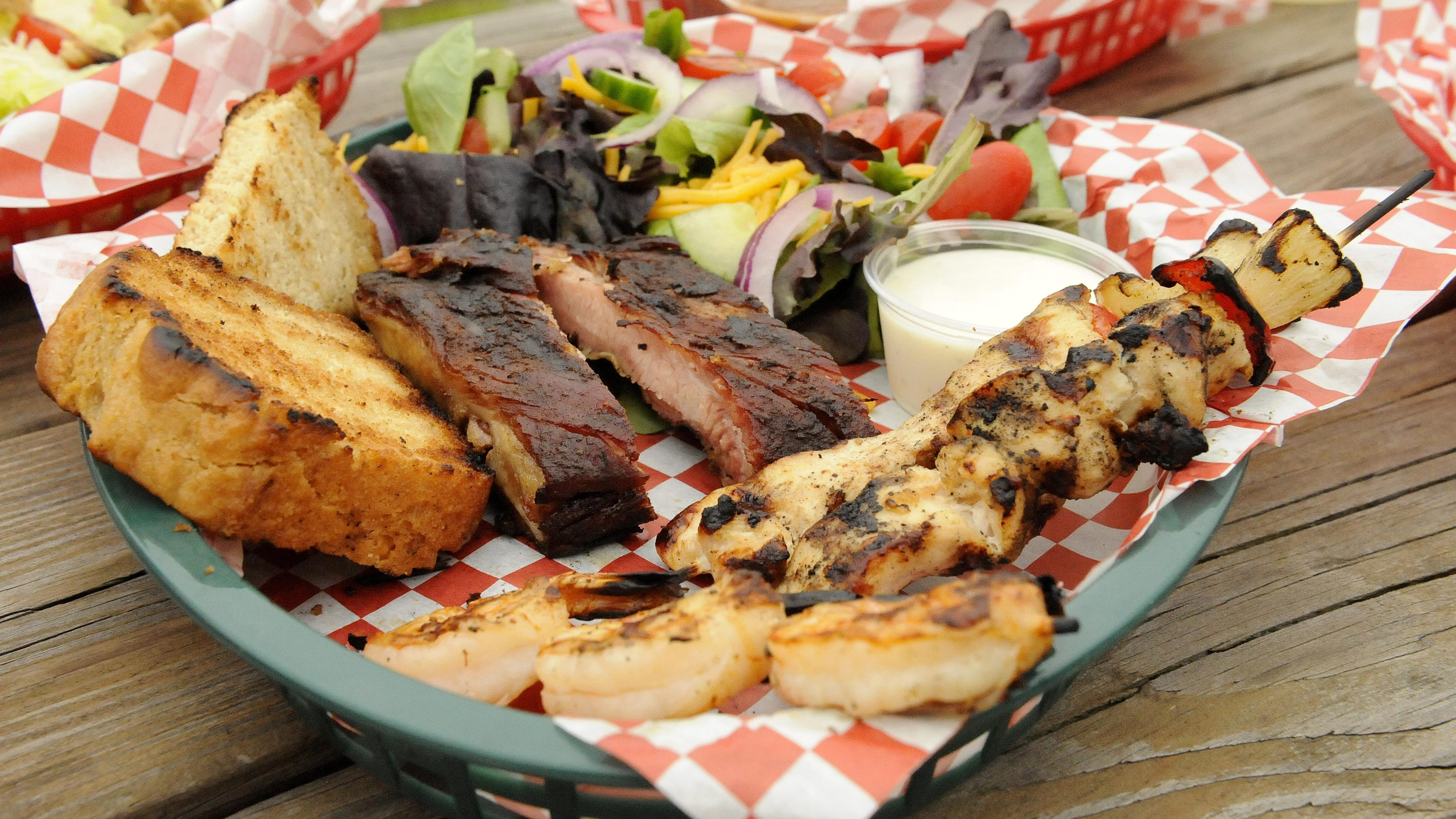Port Smokehouse Serves Up Barbecue With A Smile