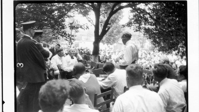 William Jennings Bryan (seated at left) being interrogated by Clarence Seward Darrow, during the trial of State of Tennessee vs. John Thomas Scopes, July 20, 1925.  