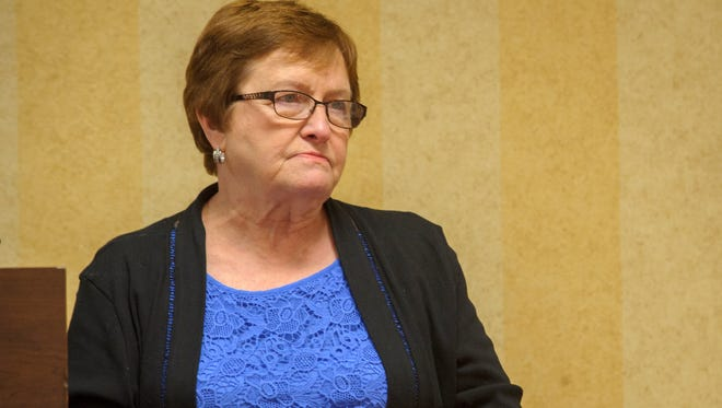 Patty Judge talks with Altoona Chamber of Commerce Women of Vision group.