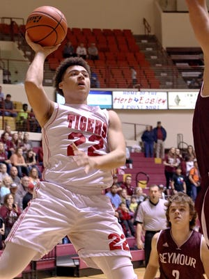 Electra's Xavier Waggoner and the No. 10 Tigers will face Seymour again in the Region II-2A quarterfinals Tuesday at D.L. Ligon Coliseum.
