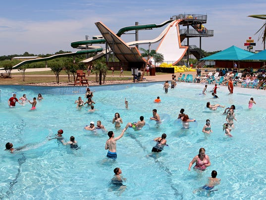 Castaway Cove Waterpark kicks off 2017 season