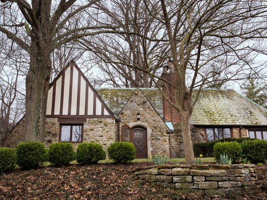 Cincinnati Pops conductor John Morris Russell and his wife Thea Tjepkema, live in a 3,865 square-foot Tudor Revival home in Hyde Park on Victoria. They named the house Five Oaks because of the large oak trees on their property.