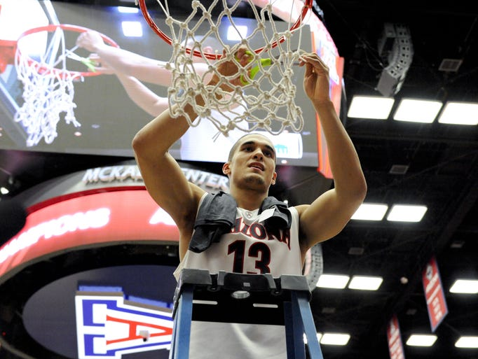azcentral sports take a look at the former Arizona high school basketball players in the 2014 men's and women's basketball tournaments. Will any of them be cutting down the nets?