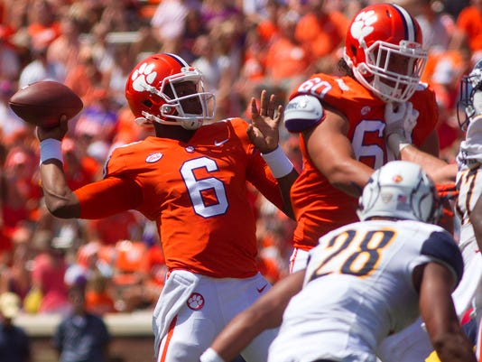NCAA Football: Kent State at Clemson