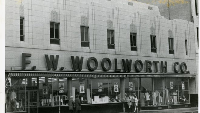 The F. W. Woolworth store on Phillips Avenue in 1973