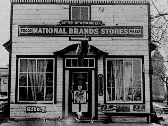 Original Bitter Neumann Millersville store, 1922.
