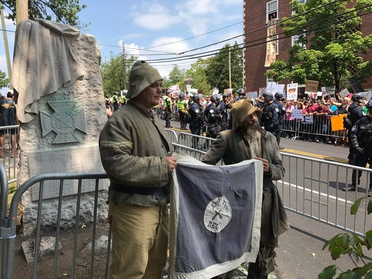 First of protesters arrive at the Confederate monument