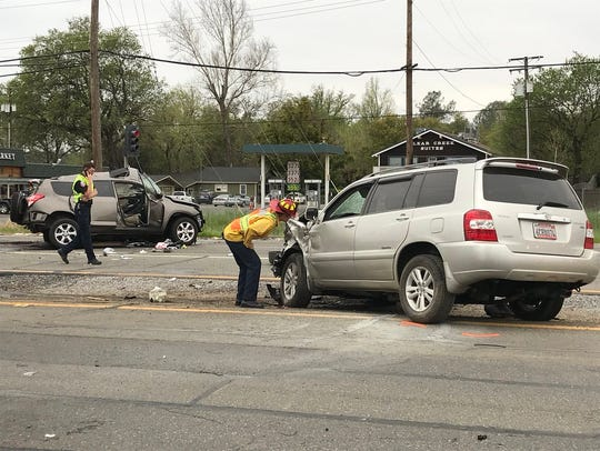 Authorities investigate a fatal accident near Highway