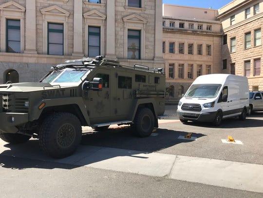 Students demanding gun-control laws start to arrive