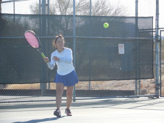 636601722516953049-pima-tennis-player.jpg