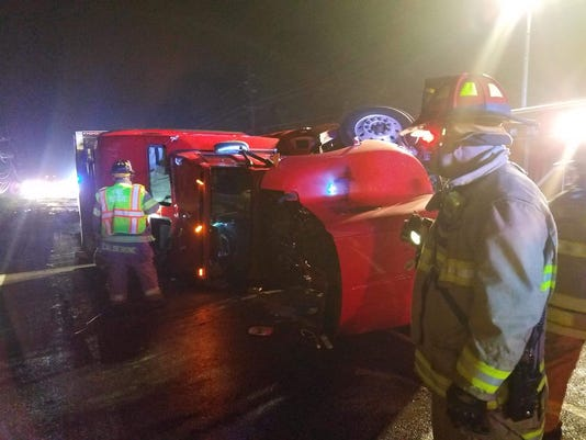 636633844452895583-South-Brunswick-overturned-tractor-trailer.jpg