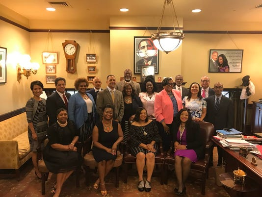 Grandview Golf Club: 5 black women visit Pa. senator