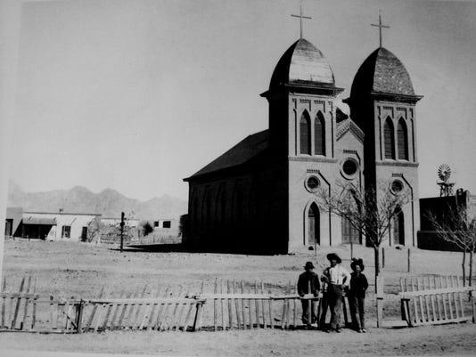 St.-Gen-w-plaza-ca-1890.jpg