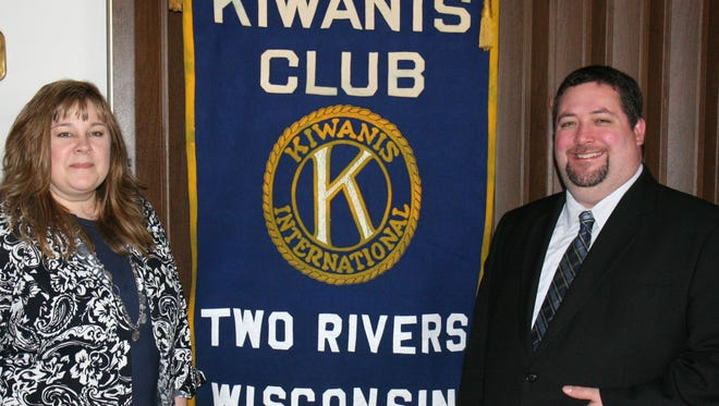 In Manitowoc County, partners involved in this project are UW-Extension, Manitowoc County Public Health Department and local Kiwanis clubs, like the Two Rivers Kiwanis Club pictured here. The Two Rivers Club donates $500 every year to support the parenting newsletters in Manitowoc County. Pictured is Teri Zuege-Halvorsen, family living educator, UW-Extension Manitowoc County, and Eric Pangburn, Two Rivers Kiwanis Club.