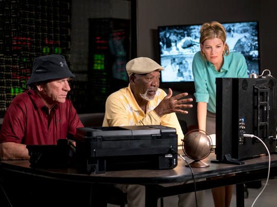 """(l-r.) Tommy Lee Jones stars as Leo, Morgan Freeman as Duke and Rene Russo as Suzie in """"Just Getting Started,"""" a Broad Green Pictures release."""