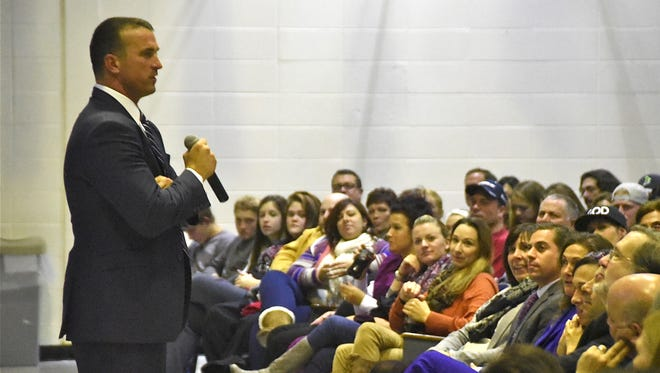 Ex-NBA player Chris Herren shared his addiction story with a crowd of 900 Wednesday at Highland Regional High School in Blackwood, during Camden County's second annual addiction summit.