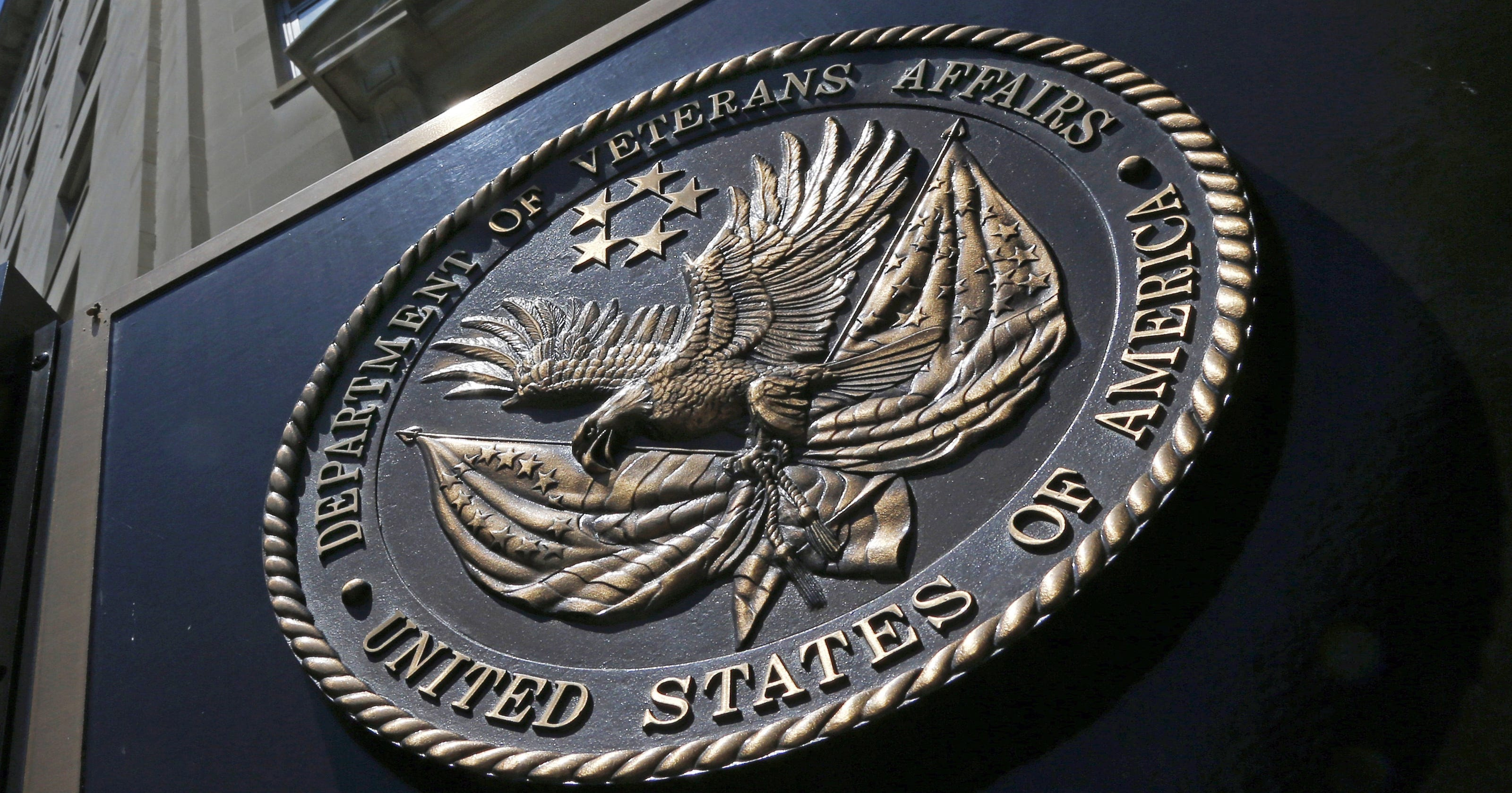 Exclusive Internal Report Details Vets Run In With Va Police Death