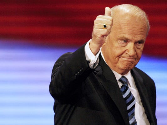 Former Sen. Fred Thompson, R-Tenn., gives thumbs up after speaking at the Republican National Convention in 2008 in St. Paul, Minnesota. Thompson died Sunday.