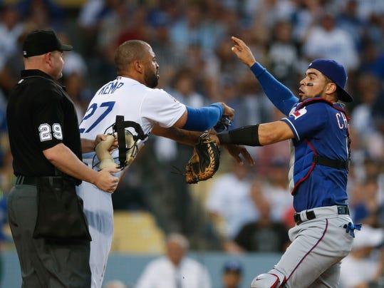Rangers_Dodgers_Baseball_81371.jpg