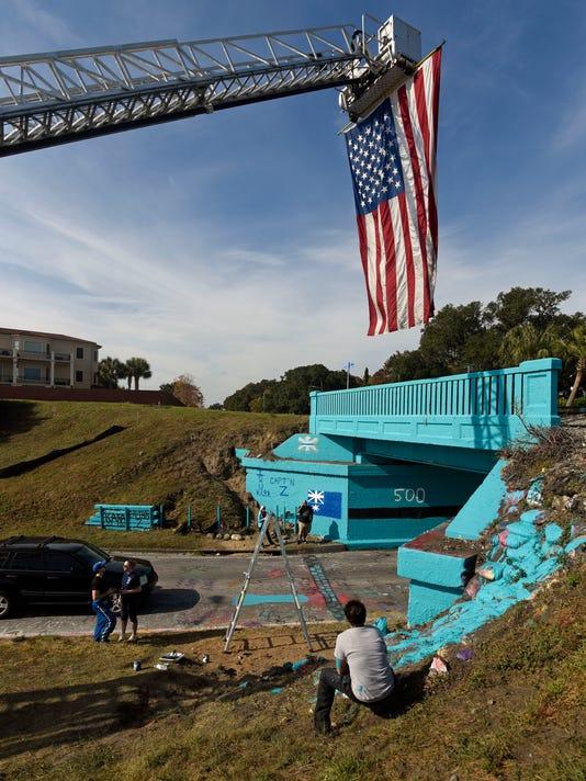 EMS Graffiti Bridge 10
