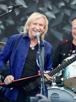 Joe Walsh performs onstage during John Varvatos' International Day of Peace Celebration at the John Varvatos Boutique on September 21, 2014 in West Hollywood, California.