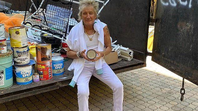 Rod Stewart is Mr. Everyman as he tackles his garage clutter