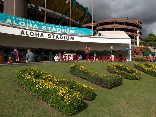 Dec 24, 2014; Honolulu, HI, USA;  A general view before the Hawaii Bowl between the Rice Owls and Fresno State Bulldogs at Aloha Stadium. Mandatory Credit: Marco Garcia-USA TODAY Sports