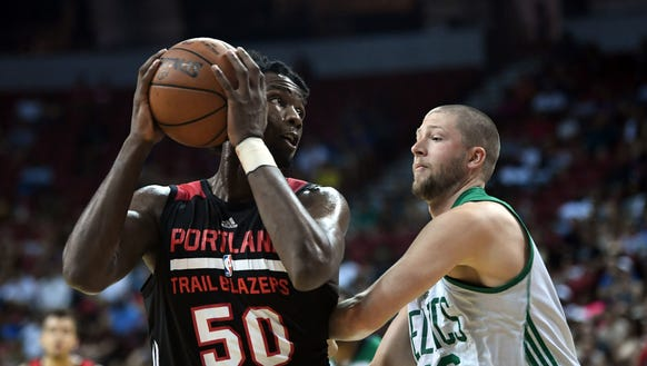 Portland Trail Blazers forward Caleb Swanigan (50)