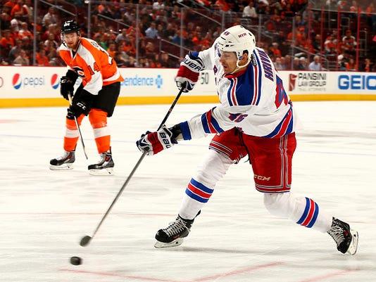 New York Rangers v Philadelphia Flyers