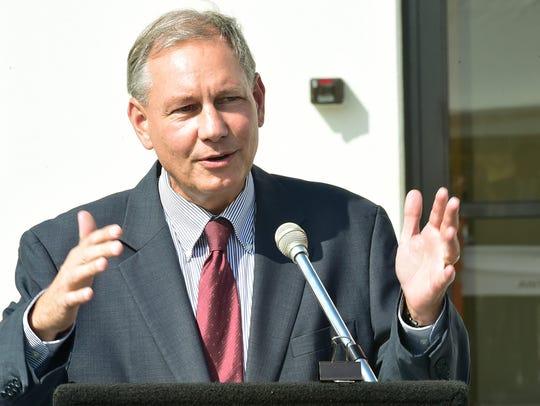 Sen. John Eichelberger gives a brief speech at the