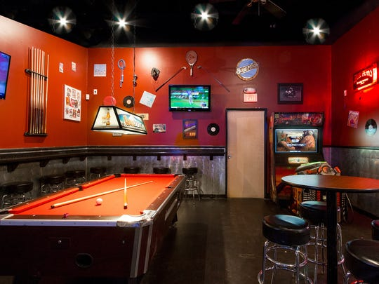 The Gym Sports Bar in northeast Phoenix features amenities