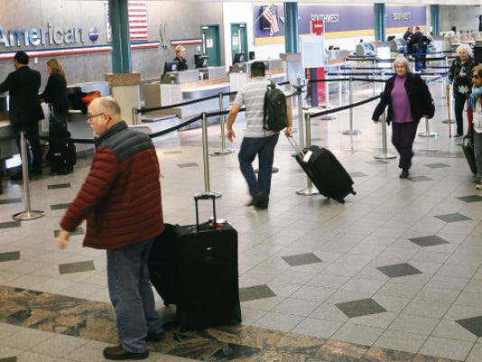 El Paso airport passengers