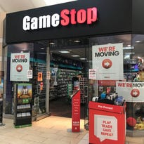 Wausau Center mall gaming store to close
