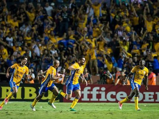 Tigres UANL v Chivas - Playoffs Torneo Clausura 2017 Liga MX