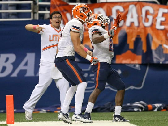 UTEP Miners wide receiver Cole Freytag (11), left,
