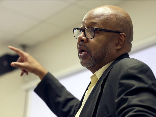 Leonard Pitts Jr. speaks Monday during the annual Fox