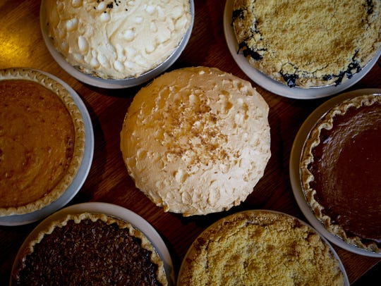Order your holiday pies and desserts before time runs