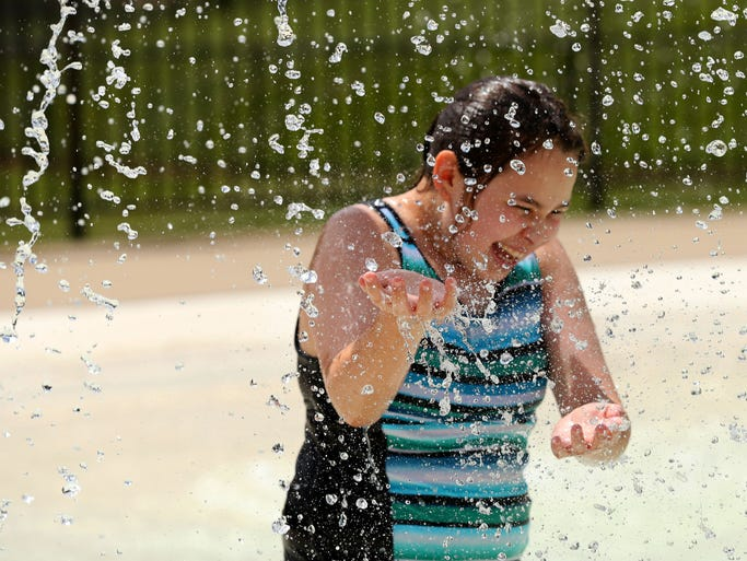 8 Photos Cooling Off At Urbandale Pool And Aquatic Playground