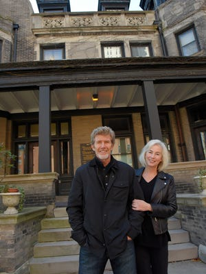 Dale Stenbroten and Katy Rowe are converting a historic downtown Milwaukee building into a boutique hotel.