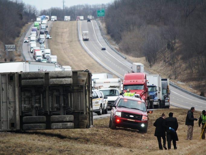 One man dead aft...I 71 Accident Ohio