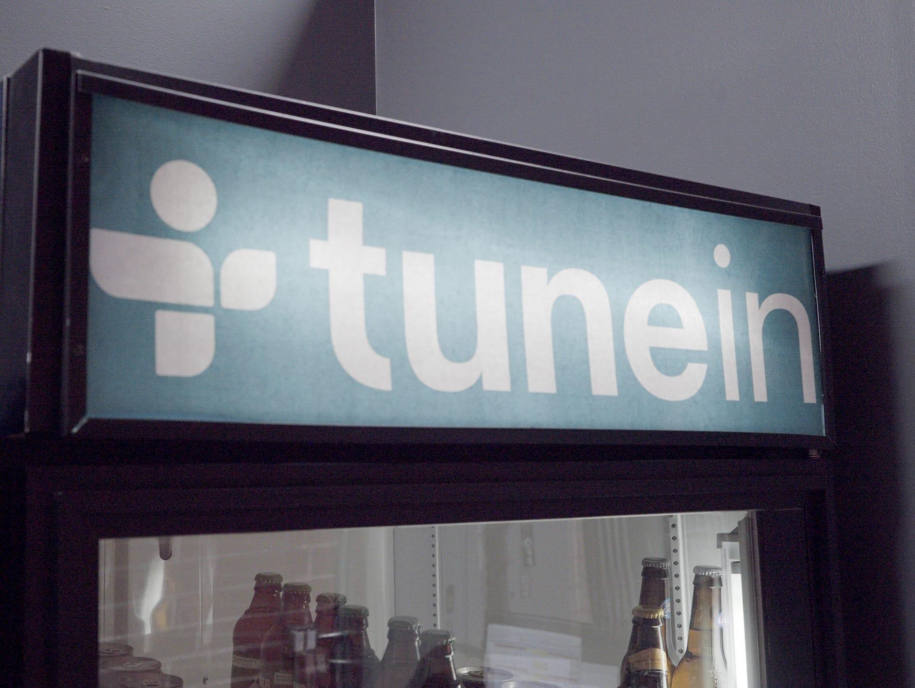 Tunein.com soda logo