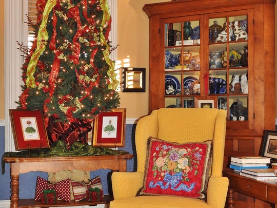 The home of Jennifer Hogan and Charlie Ratigan, decorated by Two Buds Floral and Gift, during the 2016 Holiday Tour of Homes in Manitowoc.