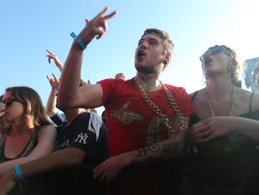 Run the Jewels crowd.jpg