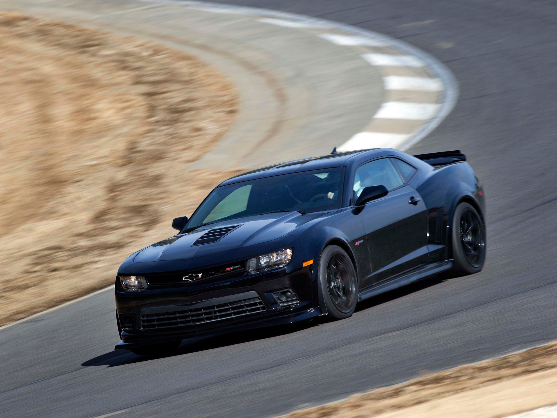 2014: Camaro received significant cosmetic changes,