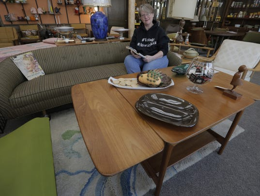 636440992102819986-GWM-OSH-Mid-Century-Furniture-052016-JS-01.jpg
