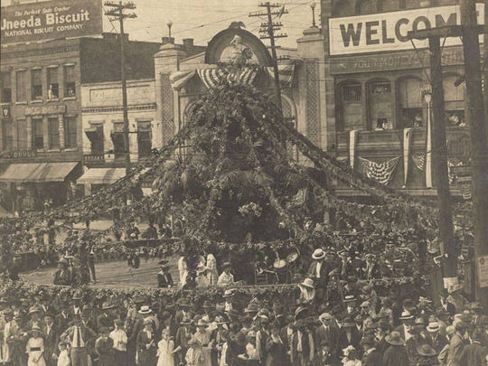 Fountain at Court Square decorated during the World War I victory parade for the 167th Infantry regiment in Montgomery Alabama.